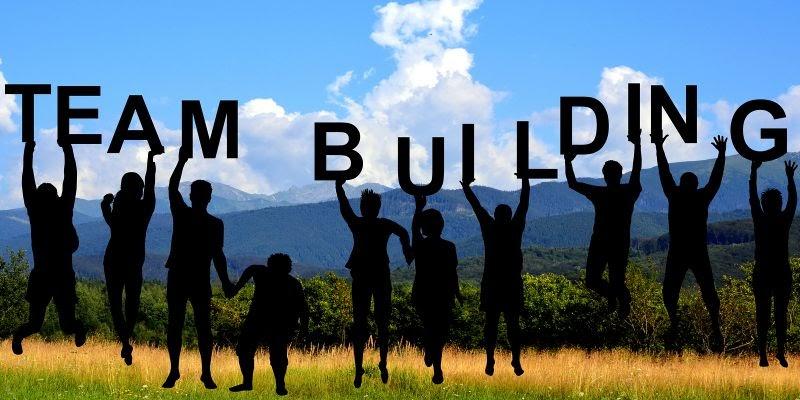 cách tổ chức team building