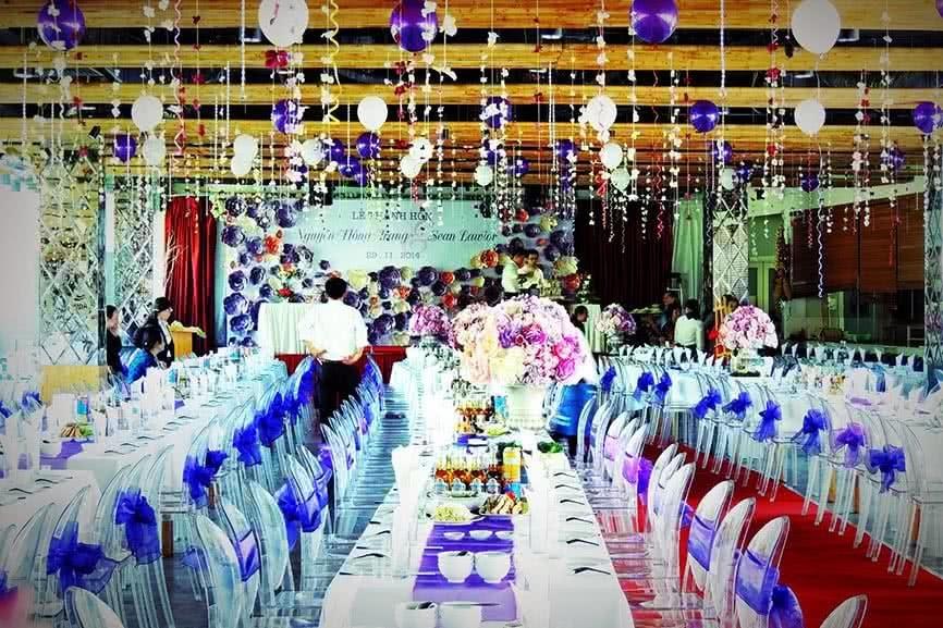 nhà hàng tổ chức gala dinner tại Hà Nội