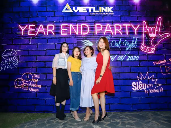 to-chuc-year-end-party-vietlink